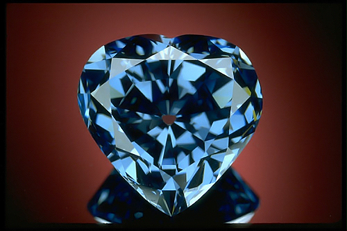 vivd blue diamond. Heart of eternity
