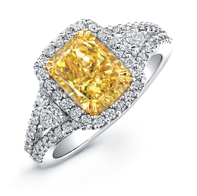 Colored Diamond Engagement Rings For